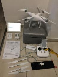 DJI Phantom 4 Pro + baterie + iPad Air navíc